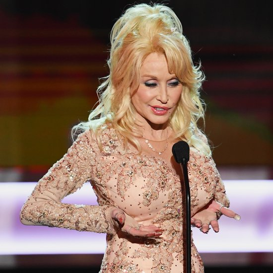 Dolly Parton Confirms Remake Film 9 To 5 Wirewag