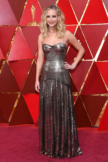 Media A 27 Year Old Jennifer Lawrence Romance With 59 Year